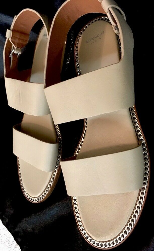 Givenchy Beige Chain Sandal  Leder With Flat Silver Chain Beige New  Size 39 1/2 475aad