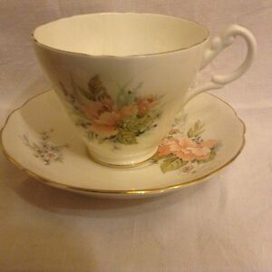 Royal-Stuart-cup-and-saucer-lovely