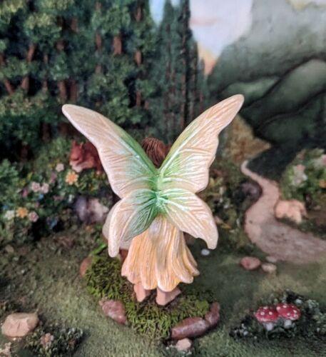 Fairy with Glow in the Dark Orb MG 378 Miniature Fairy Garden