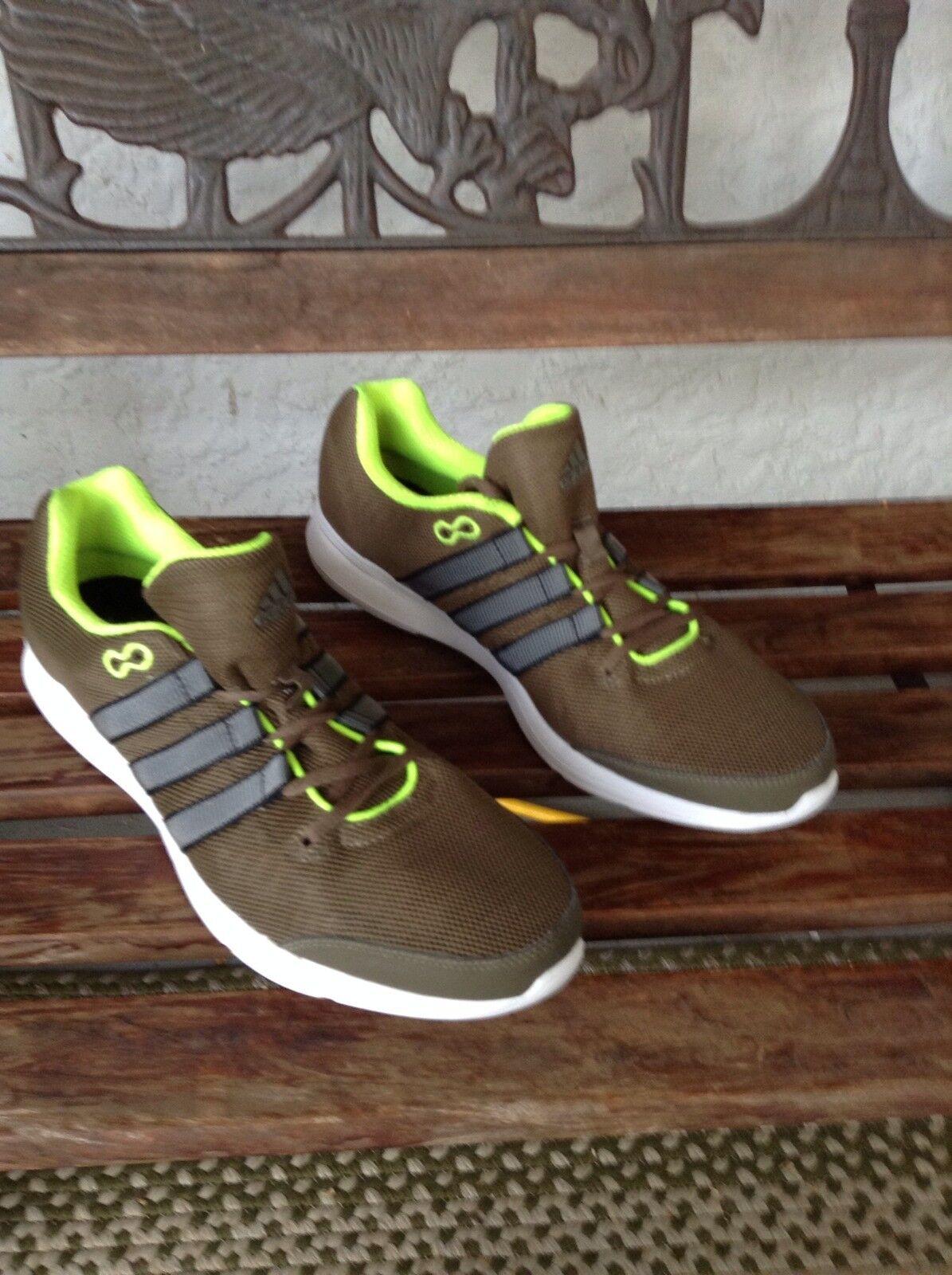 Adidas Lite Runner Sz. 10.5   exclusive designs