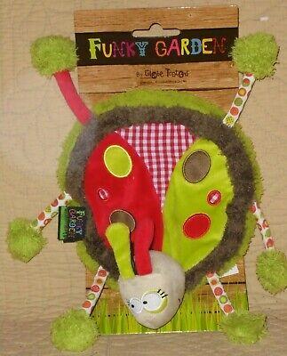 Doudou plat coccinelle verte rouge Funky Garden état neuf 2 disponibles