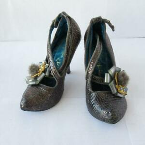 Irregular-Choice-Shoes-Silver-Faux-Reptile-Skin-w-Bow-Fluffy-Cat-6-UK-39-EUR