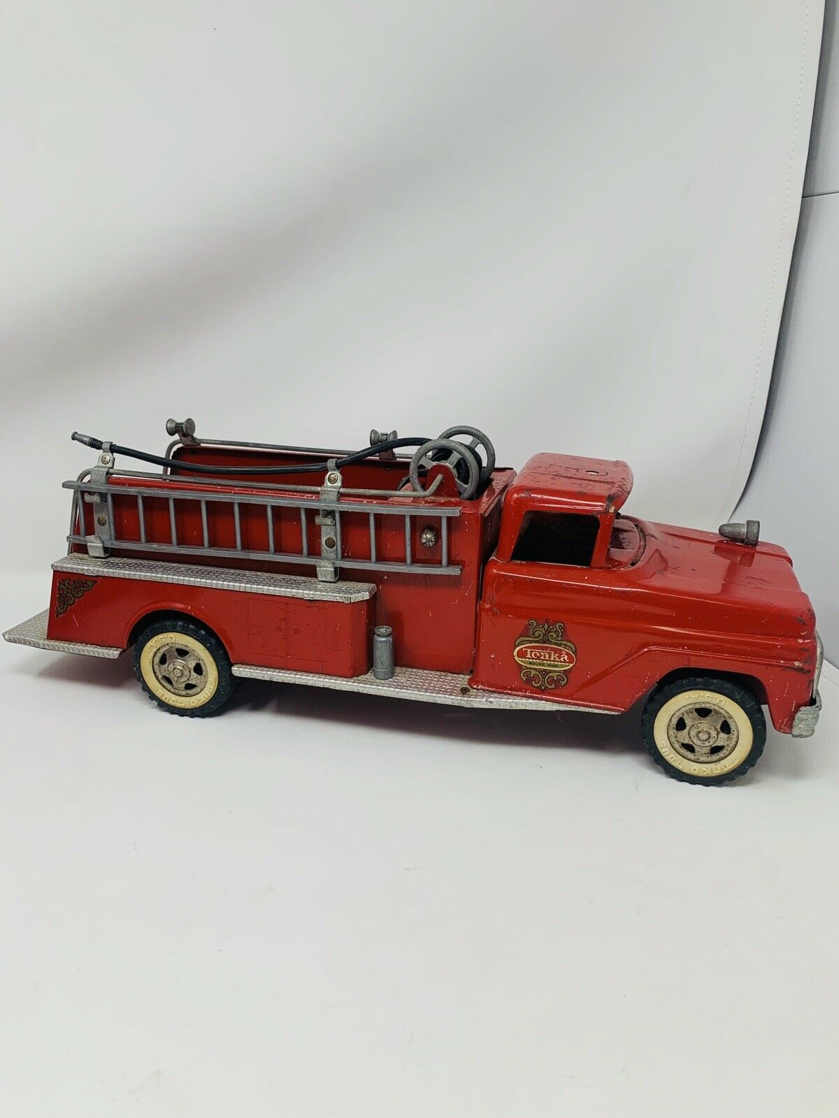 Tonka Toys USA Vintage Fire Truck rot Good Condition