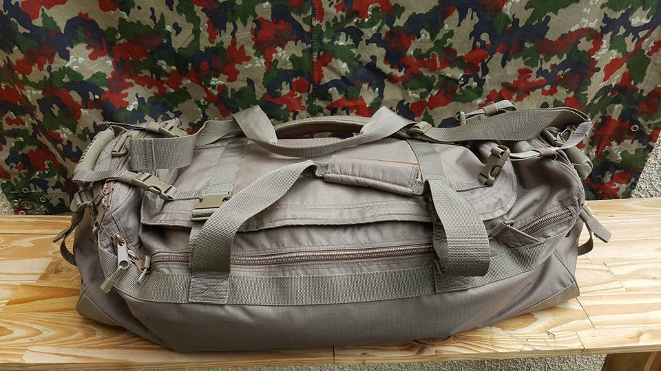 GENUINE FRENCH Félin carrying bag suitcase case travel weekend army  military  in stadium promotions