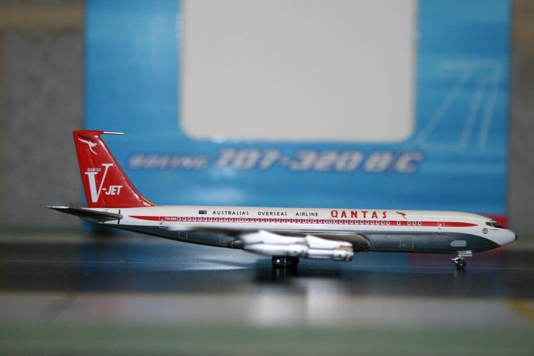 Aeroclassics 1 400 Qantas Boeing 707-300 VH-EBO (ACVHEBO) Die-Cast Modell Plane