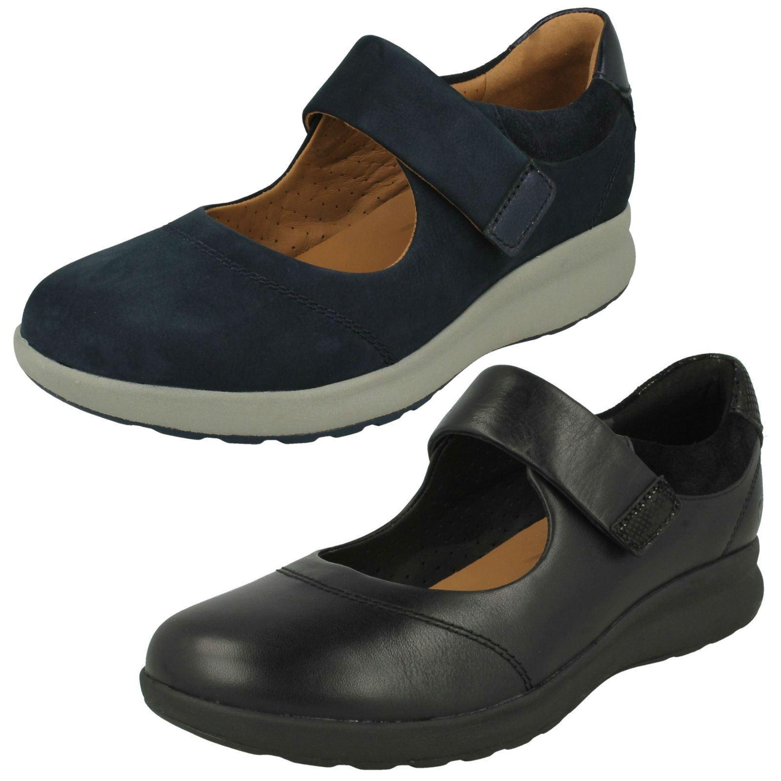Ladies Clarks Casual Flat Mary Jane scarpe - Un Adorn  Strap  al prezzo più basso