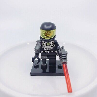 Space Villain Cyborg 8803 Collectible Minifigure Alien Pirate LEGO Series 3