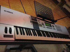 yamaha motif es8 synthesizer w manual excellent sound quality rh ebay com yamaha motif xs8 owners manual yamaha motif xs8 user manual