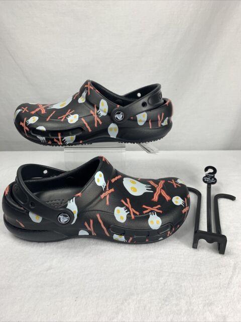 mens crocs slip resistant shoes