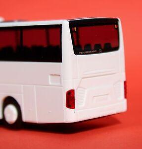 AWM-Mercedes-Tourismo-L-EURO-6-weiss-11871