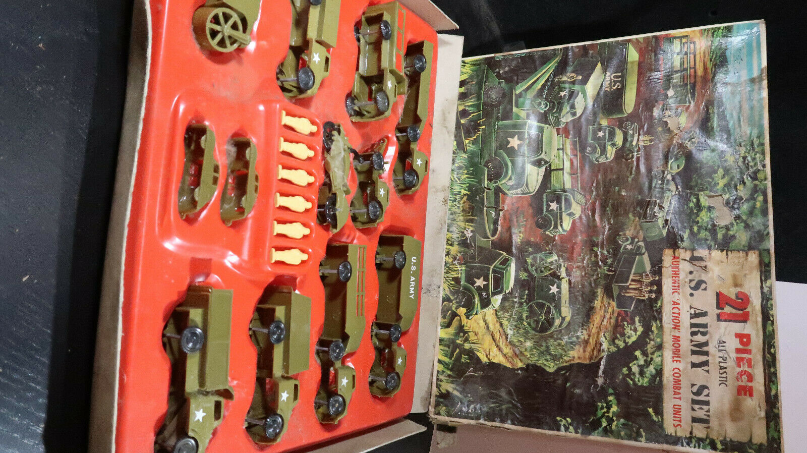 Pyro Pyro BOXED 21 Piece US Army Military Set