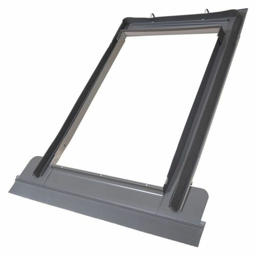 Duratech Rooflite Roof Window Skylight 780 x 980mm Inc. Flashing