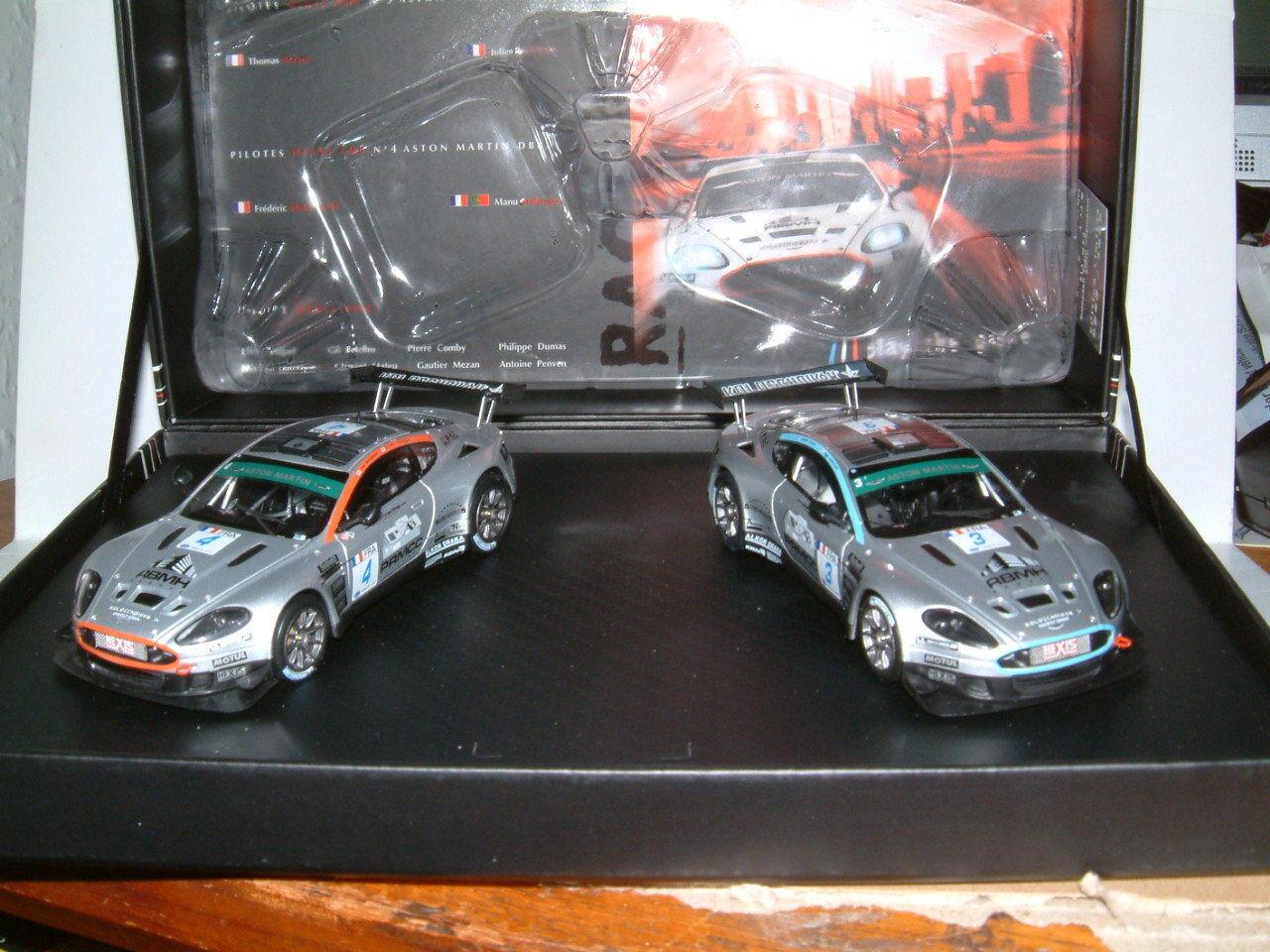 1 43 NOREV ASTON MARTIN DBRS9 2009 TEAM HEXIS AMR, 1000 LIMITED ED 2 CAR SET
