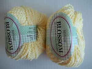 330 yds each lot of 2 black//brown//orange//yellow Pom Pom accent yarn