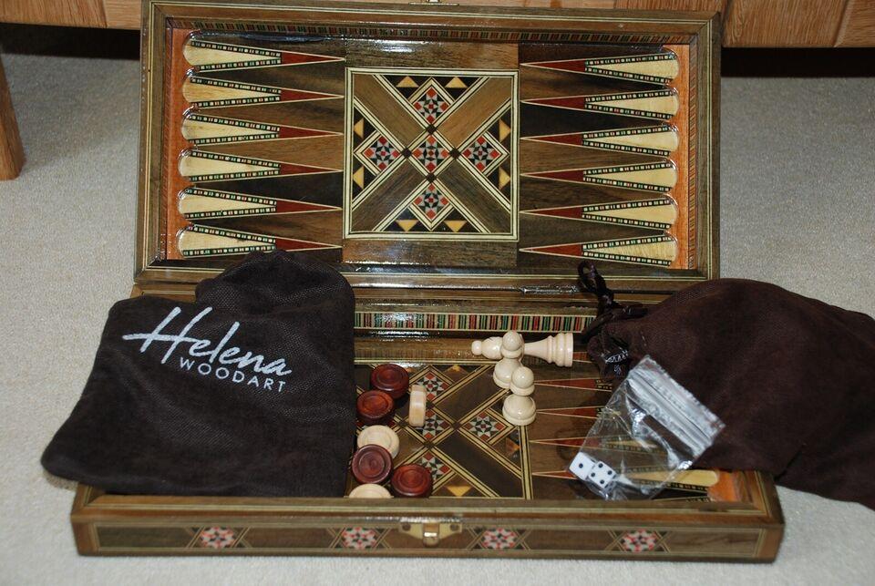 Skak og backgammon, Familiespil, brætspil