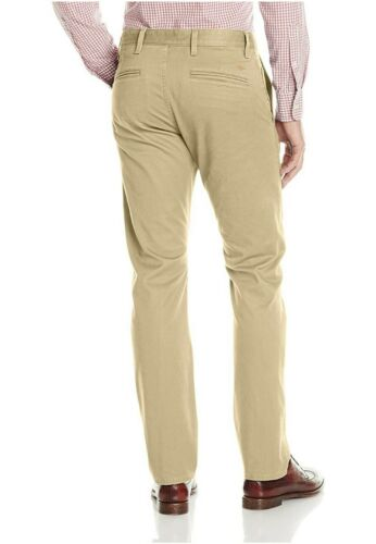 NEW Dockers Men/'s Pacific Modern Khaki Slim Tapered Flat Front Pant Variety