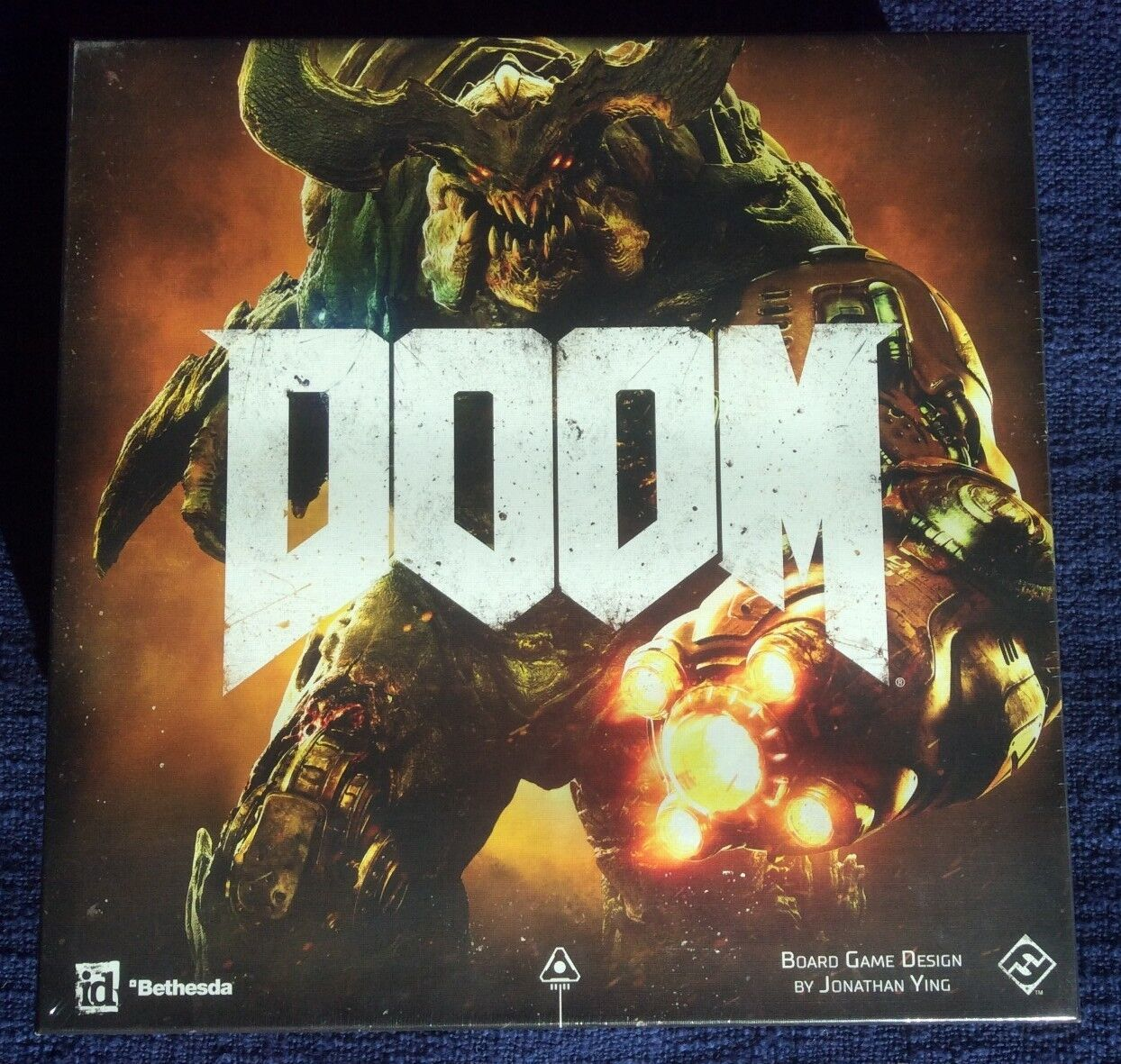 DOOM The Board Game ZX01 Factory Sealed & FREE SHIPPING  FFG