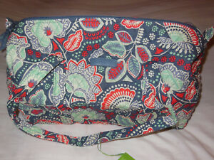 cf49b5cb6a NWT Vera Bradley SMALL DUFFEL Travel Bag in NOMADIC FLORAL Carry–on ...