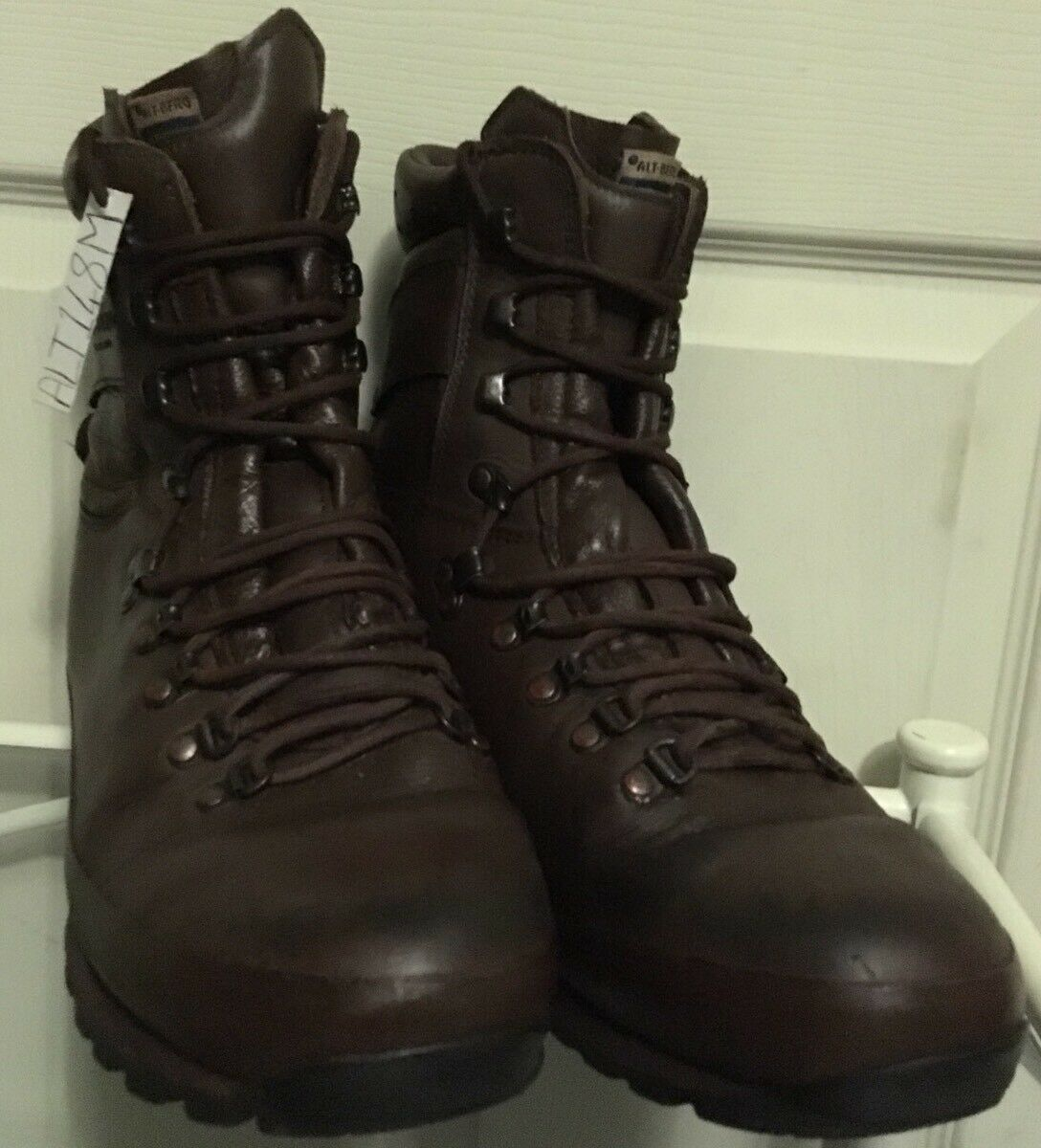 Altberg Defender Brown MTP Army Issue Vibram Sole Male Combat Boots 8M ALT148M