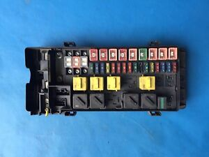 land rover discovery 2 fuse box board part yqe103800 98 04 ebay rh ebay co uk