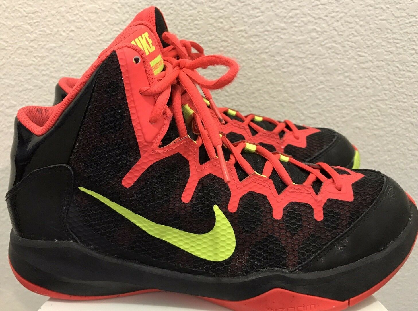 Nike HYPER Crimson Zoom Without a Doubt Basketball Shoes Men's Comfortable