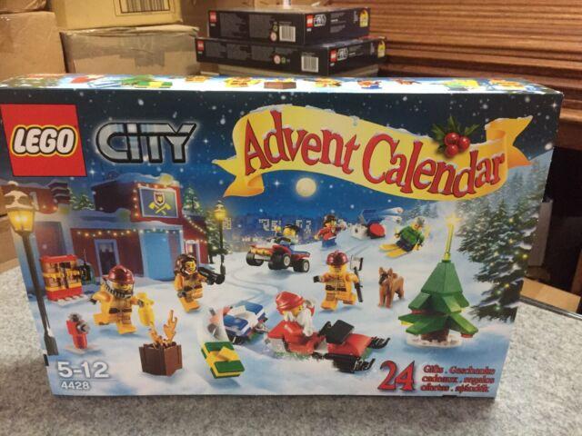LEGO City Xmas Advent Calendar 2012 Retired Set #4428 NSIB