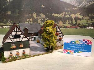 Diorama-1-87-romantischer-Bauernhof-aus-Teltow-patiniert-gealtert-H0