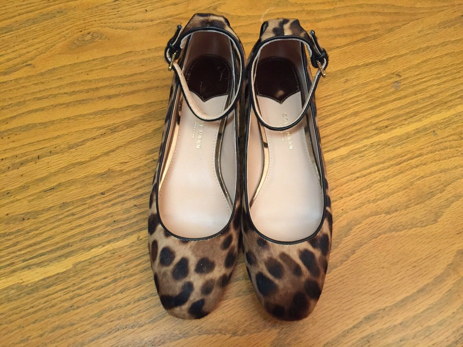 COLE HAAN COLLECTION ANKLE STRAP COW FUR ANIMAL PRINT HEEL Schuhe NEW SIZE 7