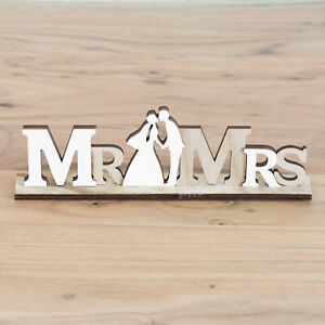 Mr-and-Mrs-Wedding-Reception-Table-Decoration-Wooden-Word-Block-Sign-Ornament