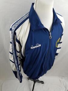 Détails sur Diadora Homme M Naples High School football Veste de survêtement blanc Vintage Bleu Marine Coupe vent afficher le titre d'origine