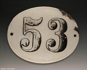 ALTE-EMAIL-EMAILLE-HAUSNUMMER-53-in-SCHWARZ-WEISS-um-1916-18-5-x-14-5-cm