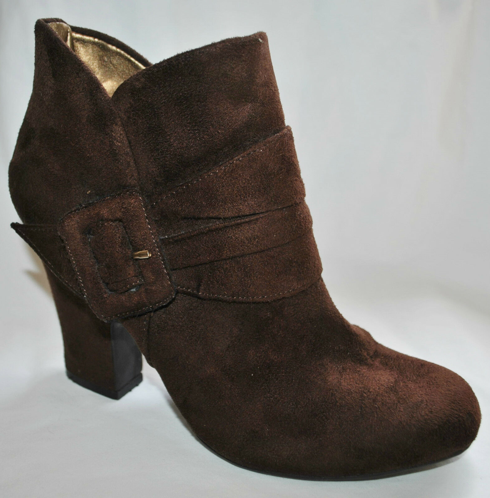 American Eagle CHIC Brown Buckle Bootie Vegan High Heeled Ankle Bootie Buckle Boot Shoe Sz 7.5 09556a