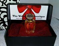 Oscar De La Renta Perfume Limited Edition Fragrance Ready For Gifting