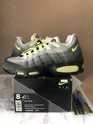 DS 1995 Nike Air Max 95 OG Original Size 8 Black Neon Yellow White 96 98 99 97