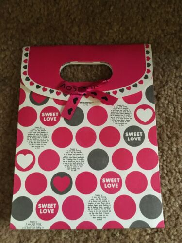 """Sweet Love"" Small Paper Gift Bag, Lot of 36"