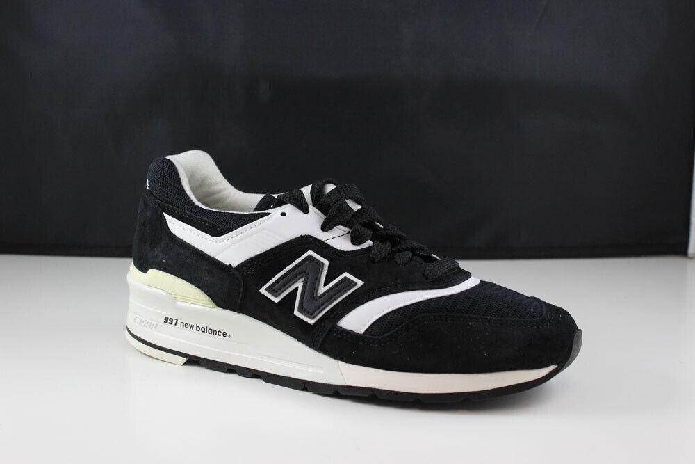 New Balance M997BBK size 13 Mens black white