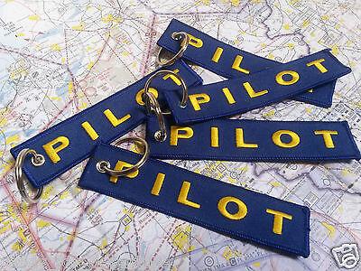 REMOVE BEFORE FLIGHT, CESSNA, PILOT, FOLLOW ME, BORN TO FLY KEYCHAIN PORTE-CLÉS