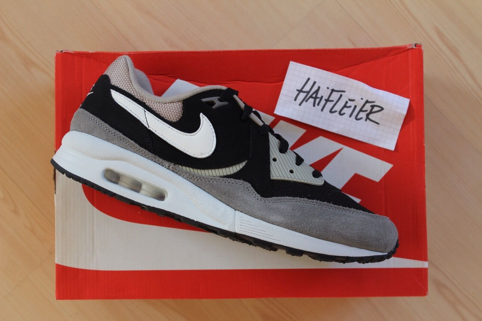 Nike Air Max Light Essential / Gr. US 11 / NEU!!