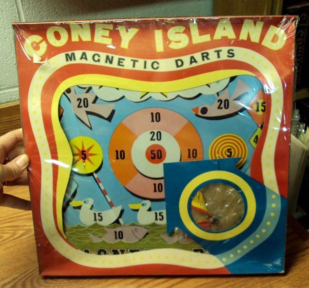 Vtg 1962 PRESSMAN TOY CORP.  CONEY ISLAND MAGNETIC DARTS Game  NEW