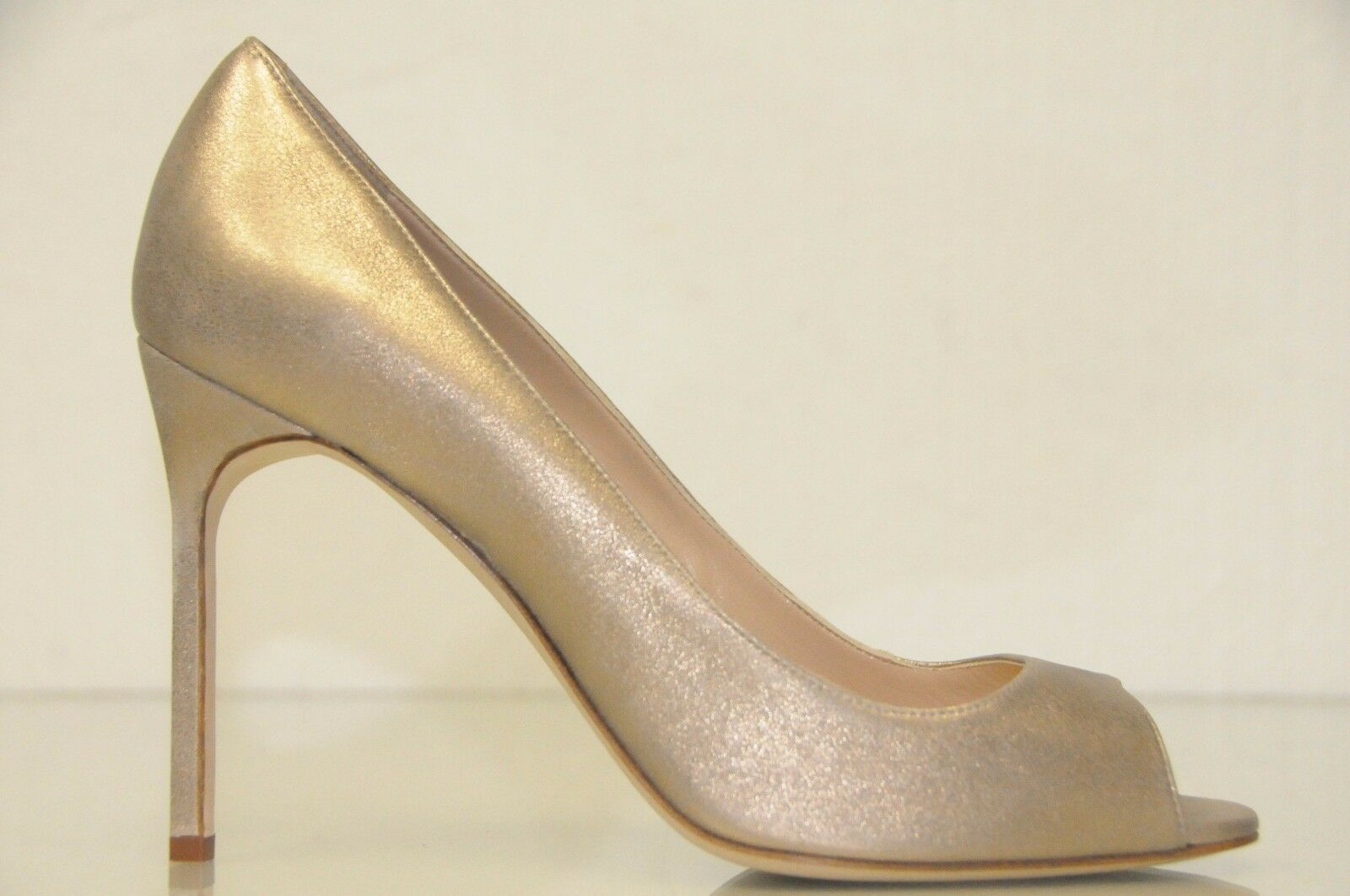 New Manolo Blahnik Shimmery gold suede d leather Open Toe shoes Pumps BB 40 41.5