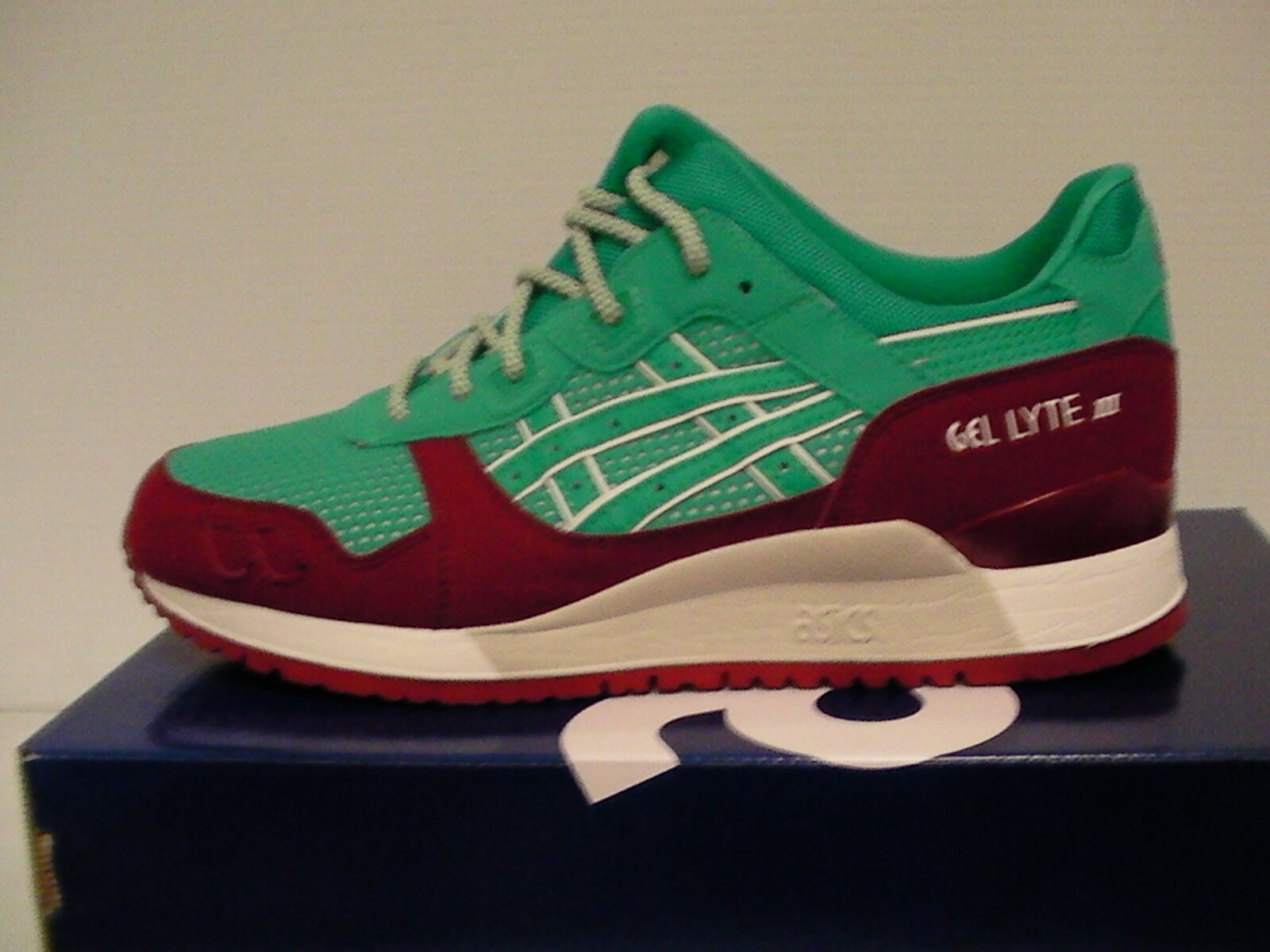 Asics men running shoes gel-lyte iii size 8.5 us spectra green new with box