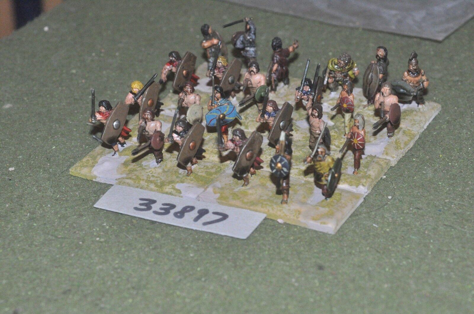 25mm roman era   gaul - warriors 24 figures - inf (33897)