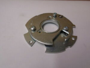Triumph STAG ** DISTRIBUTOR BASE PLATE, Pair, top and bottom inc screws **