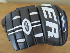 "One BAUER Supreme 2000 Jr Junior 12"" Hockey Glove LEFT ONLY"