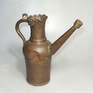 Alte-Messing-Bronze-Kanne-vermutlich-Afrika-ca-27x-13-cm-schoener-Zustand