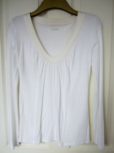 Up Off Bnwot Size Satin comes Trimmed M Top 8 White Like V neck Joseph S An TAvqwdq