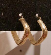 EternaGold 14k yellow gold diamond shaped textured hoop earrings,  1.7 grams
