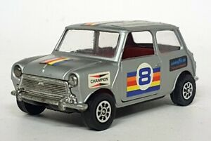 Vintage-Corgi-Diecast-jchome-22-equipo-de-carreras-clasico-Mini-Corgi-Plata