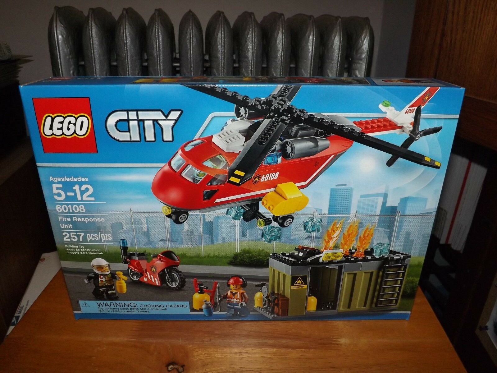 LEGO, CITY, FIRE RESPONSE UNIT, KIT  60108, 257 PIECES, NEW IN BOX, 2016