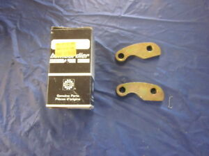 NOS-Ski-Doo-8604130-Drive-Clutch-Arm-set-of-Two-A3S-Arms-Blizzard-TNT-Olympic